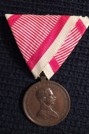 Medal Waleczności (niem. Tapferkeitsmedaille). Medal ustanowiony 19 l ...