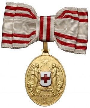 Medal Zasługi dla Czerwonego Krzyża, Brązowy - na damskiej kokardzie