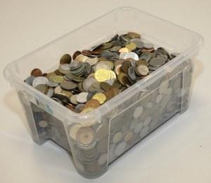 Monety obiegowe świata na wagę MIX (12.6kg)
