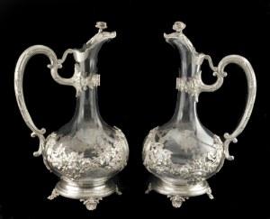 Para szklanych dzbanów w srebrnej oprawie