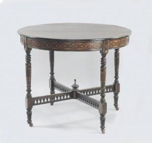 Stół okrągły w stylu angielskim