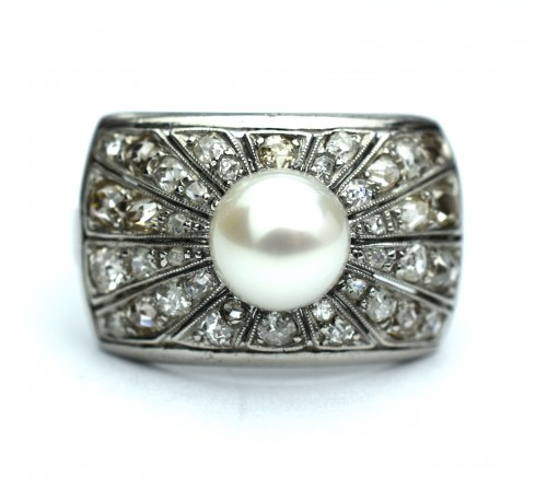 Pierścionek platynowy - diamenty i perła