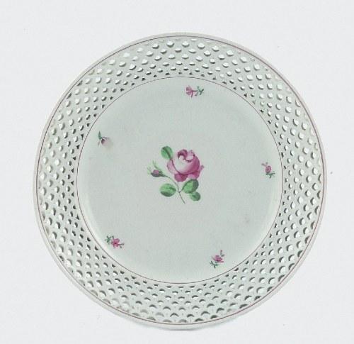 Cesarska Manufaktura Porcelany w Wiedniu, Talerz z ażurowym kołnierzem i dekoracją kwiatową (Wiener Rose)