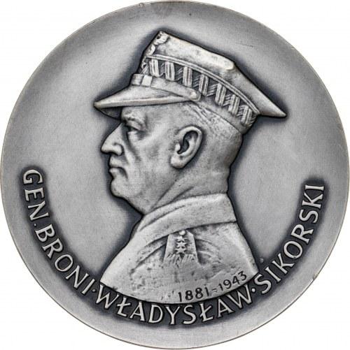 medal GEN. BRONI WŁADYSŁAW SIKORSKI, 1983, srebro Ag, masa rzeczywista: 181 g, bardzo niski nakład: 15 sztuk