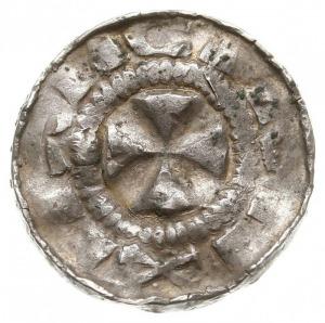 zestaw denarów krzyżowych XI w., Aw: Krzyż prosty z kół...