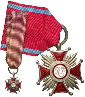 IIRP, Srebrny Krzyż Zasługi, piękny stan i miniaturka