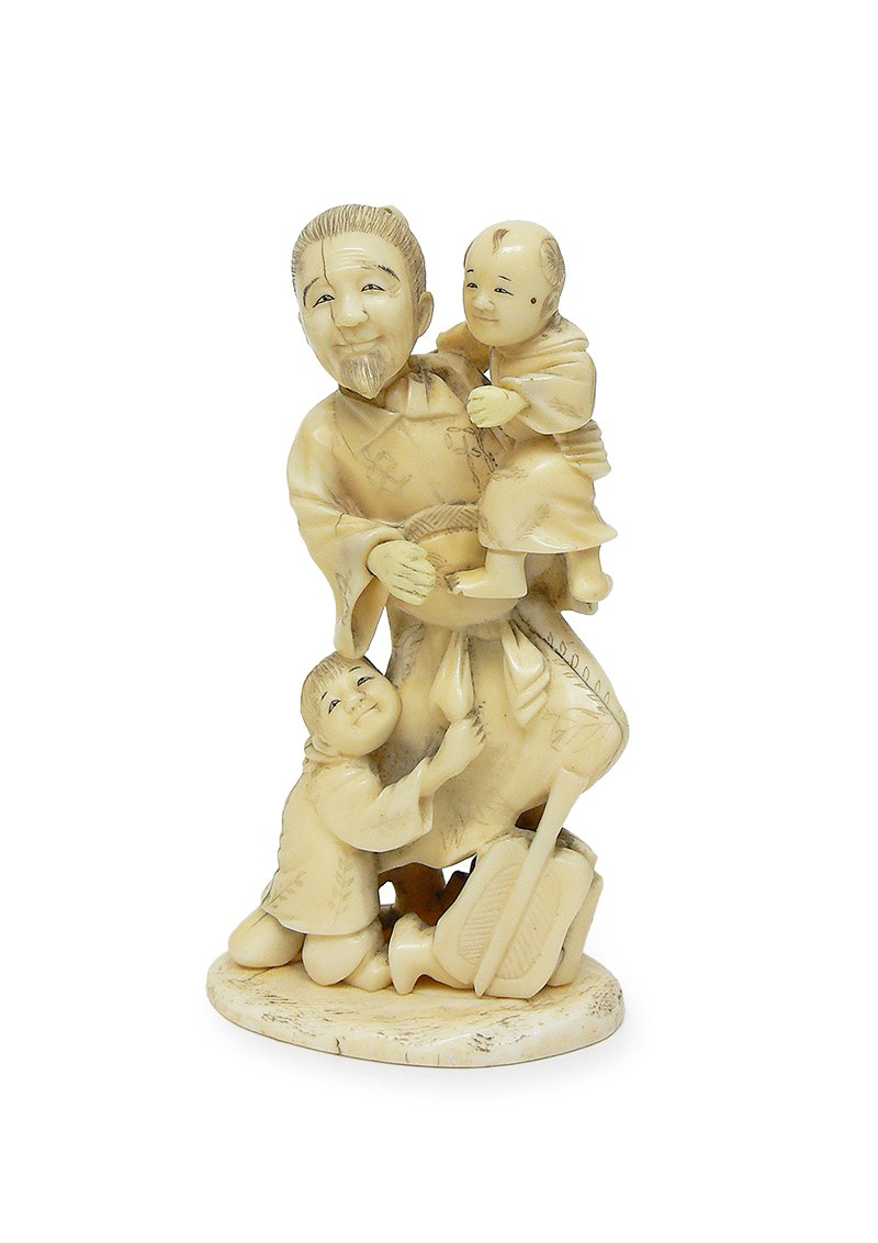 Okimono Mężczyzna z dziećmi