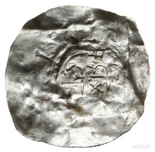 denar (półbrakteat); Aw: Krzyż z łukami w kątach; Rw: B...