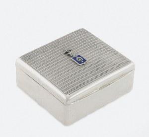 Pudełko na papierosy z herbem Dołęga