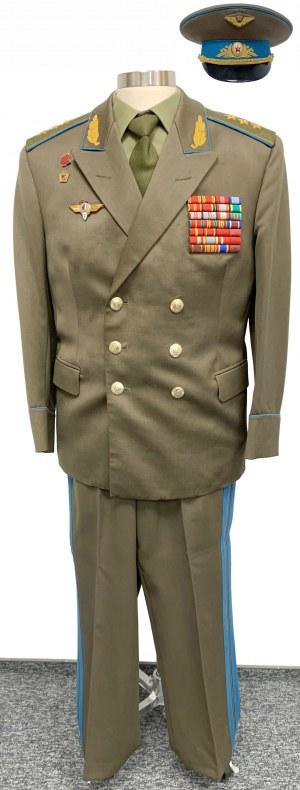 Rosyjski mundur z czapką po gen. Germanie Titow - drugim radzieckim kosmonaucie