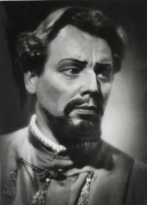Edward HARTWIG (1909-2003), Portret Bernarda Ładysza - artysty operowego i aktora (ur. 1922 r.)