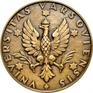Medal autorstwa Aumillera z 1958, poświęcony 150 rocznicy powstania wydziału Prawa Uniwersytetu Warszawskiego.