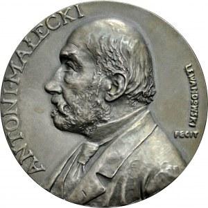 Medal autorstwa St. Lewandowskiego z 1901 roku, wybity z okazji 80 urodzin rektora Uniwersytetu Wrocławskiego - Antoniego Małeckiego.