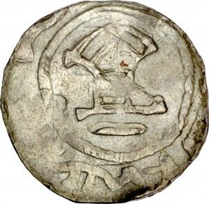 Denar typu OAP XI w., Av.: Kapliczka, dookoła imitacja napisu Rv.: Krzyż prosty, między jego ramionami kropki.