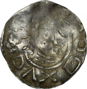 Bolesław Chrobry 992-1025, Denar ok 1000 r., Wielkopolska, Av.: Głowa księcia w prawo, napis: DVX BOL…, Rv.: Krzyż, między ramionami 4 kropki, napis: INCLITVS.