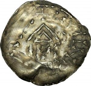 Denar, nieokreślona imitacja denara typu ratyzbońskiego, Av.: Kapliczka, imitacja napisu, Rv.: Krzyż, imitacja napisu.