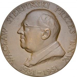 Medal autorstwa Aumillera z 1951 roku poświęcony Wacławowi Sierpińskiemu, prezesowi Towarzystwa Naukowego Warszawskiego.