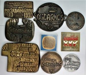 SOLIDARNOŚĆ - zestaw 9 medali + emaliowana plakieta
