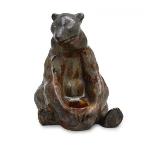 Figura niedźwiedzia z baryłką