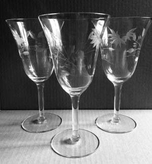 Zestaw szklanych kieliszków (3 szt.)
