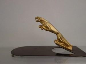 Maskotka samochodowa / przycisk do papieru Jaguar, XX w.