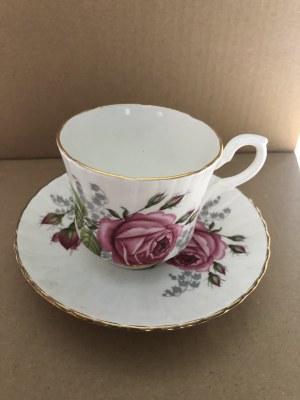 Porcelanowa filiżanka ze spodkiem marki Royal Stafford, Anglia