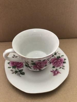 Komplet ozdobnych, porcelanowych filiżanek ze spodkami marki Hebei Porcelain, Chiny (5 szt.)