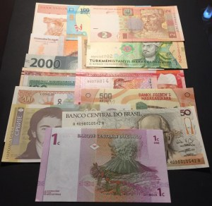 Total 15 UNC banknotes of different country