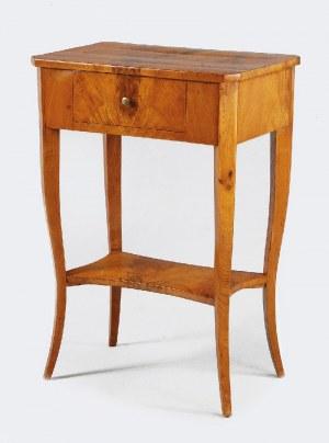 Stolik pomocniczy w stylu biedermeier