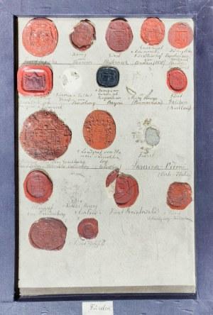 POLSKA, NIEMCY. Zbiór 157 pieczęci lakowych, opisanych odręcznie, umieszczonych ...