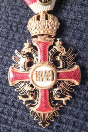 AUSTRIA (AUSTRO-WĘGRY). Złoty Krzyż Zasługi Cywilnej z Koroną (niem. Goldenes ...