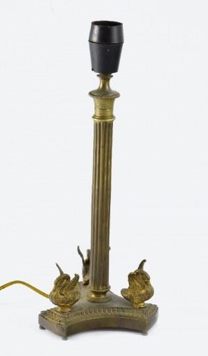 Lampa gabinetowa w typie empire z trzema łabędziami