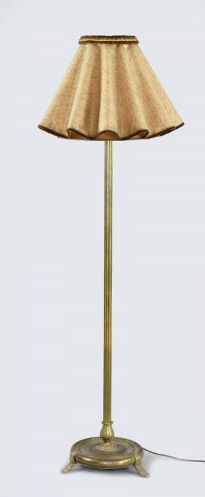 Lampa stojąca na trzech nóżkach