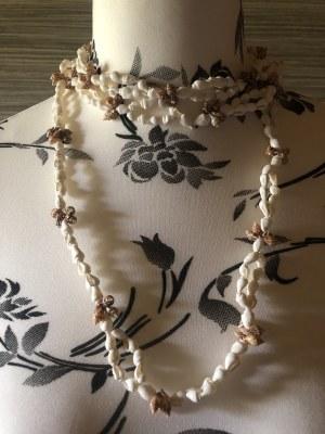 Naszyjnik vintage - sznur muszelek