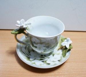 Joanna Świerczek, filiżanka porcelanowa Spring
