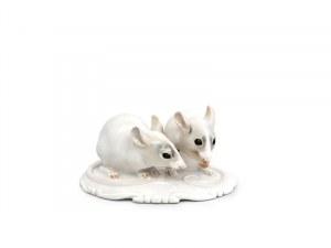 Figurka pary myszek