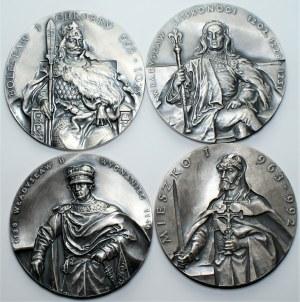PTAiN Koszalin 4 medale - Bolesław I Chrobry, Władysław Laskonogi, Władysław II Wygnaniec, Mieszko I