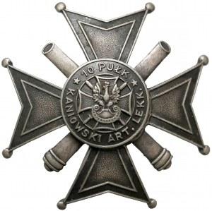 Odznaka, 10 Kaniowski Pułk Artylerii Lekkiej