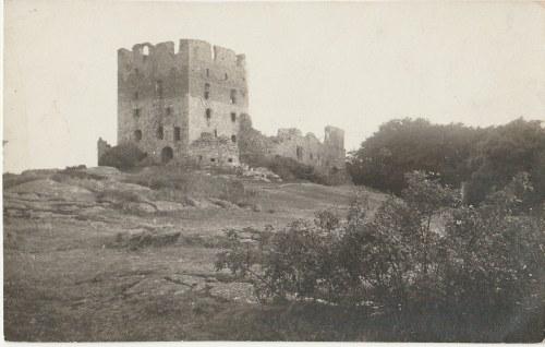 POLSKA. Ruiny zamku, wyd. ok. 1930; cz.-b.; stan bdb, bez obiegu