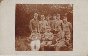 EUROPA. Grupa żołnierzy wyd. ok. 1918; cz.–b., stan db