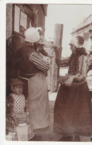 EDAM. Scena rodzinna, wyd. J. Sievers, Edam, przed 1918; cz.-b., stan bdb