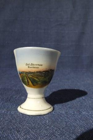DZIWNÓW. Kieliszek na jajka, porcelana, widok -kolor; st. bdb, wys.: ok. 55 mm