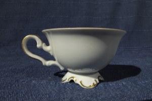 GRYFICE. Filiżanka z uszkiem, porcelana, widok -kolor, producent