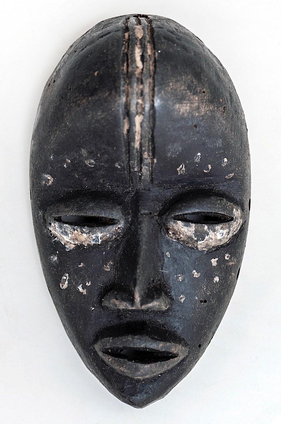 Maska średnia, DAN, Wybrzeże Kości Słoniowej, Afryka