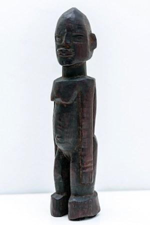 Figurka mężczyzny, plemię LOBI, Wybrzeże Kości Słoniowej, Afryka, ok. poł. XX w.